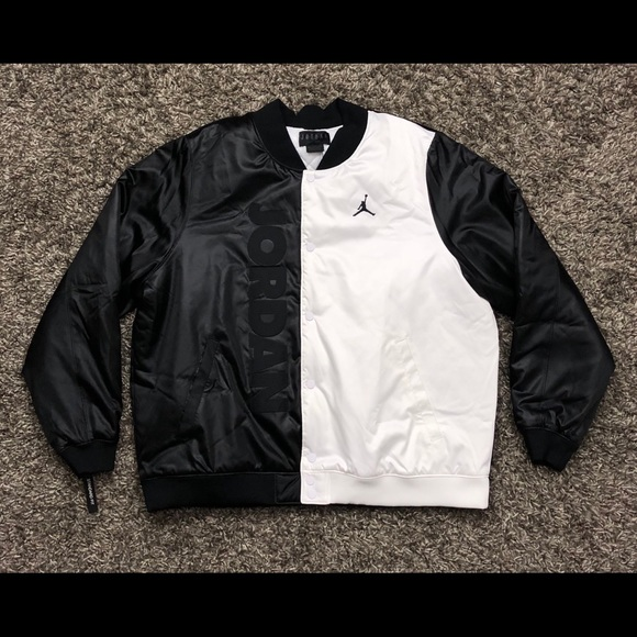 Details about Nike Air Jordan Retro 11 Bomber Jacket White Black Oreo SZ ( BQ0171 100 )